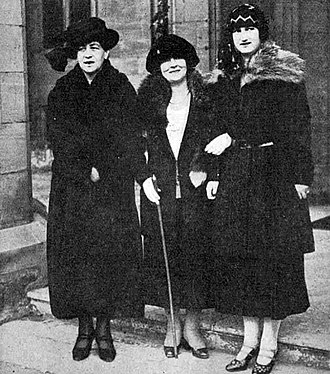 Bylaugh Hall - Mrs Agnes Marsh (centre) and two members of the Russian Royal Family, 1922
