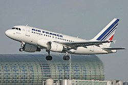 Airbus A318 FGUGC.jpg