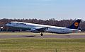 Airbus A321-231 (D-AISV) 01.jpg