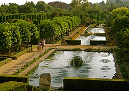 Alcazar Garden of Cordoba.jpg