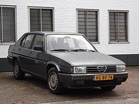 Fiche technique Alfa romeo 90 de 1985 à 1987