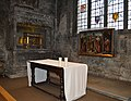All Hallows-by-the-Tower, Side altar.jpg