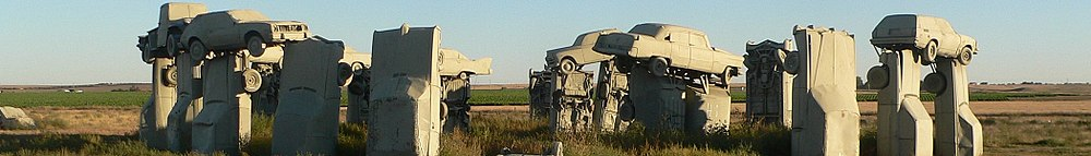 Automobili come monumenti 1000px-Alliance_Nebraska_banner_Carhenge