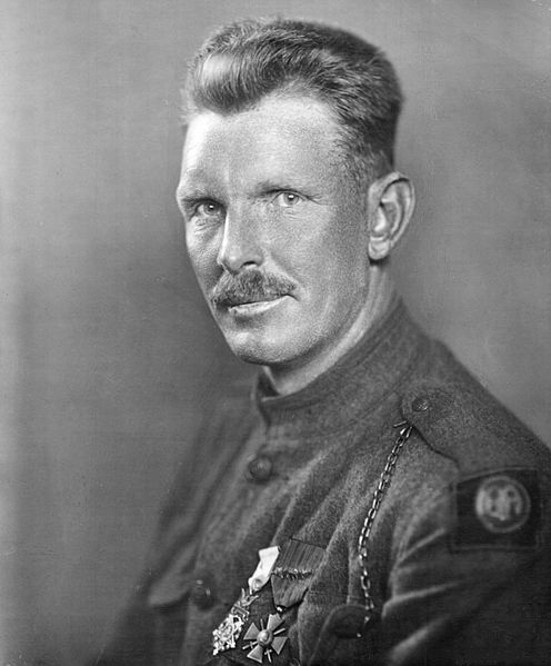 alvin york York founded the alvin c york agricultural institute, a private agricultural school in jamestown alvin cullum york was born to an impoverished farming family in tennessee on december 13, 1887.