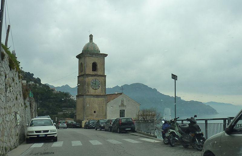 File:Amalfitana Kirche 3.jpg
