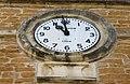 Ambérieux - Horloge mairie (fév 2019).jpg