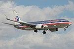 American Airlines Boeing 737-800 N918NN (15804638113).jpg
