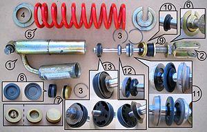 Shock absorber - Image: Ammortizzatore con serbatoio
