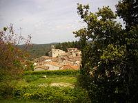 Ampus vue du village dans le site.JPG