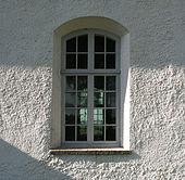 Fen tre d 39 une glise s kyrka en norv ge for Elargir une fenetre
