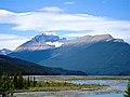Athabasca River - Jasper - panoramio.jpg