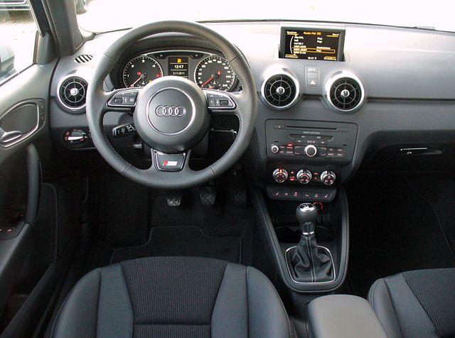 File audi a1 s line lifestyle kit union square 1 6 tdi for Audi a3 onderdelen interieur
