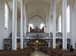 Augsburg Katholische Heilig-Kreuz-Kirche 04.jpg