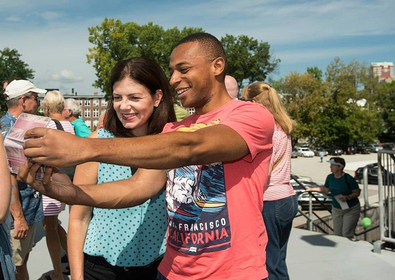 Ayotte poses for a selfie at her annual supporter picnic, 2015.jpg