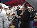Azouz Begag met du piment de la harissa dans la campagne des régionales en Rhône-Alpes (4401498396).jpg