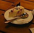 Bánh mút phô mai tại cafe Bùi Văn Ngóc.jpg