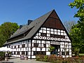 Bad Sassendorf – Kurpark – Hof Hueck - panoramio - Edgar El.jpg