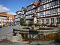 Bad Sooden-Allendorf - Brunnen mit Fachwerkhäusern.JPG