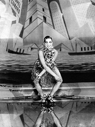 Roaring Twenties - Josephine Baker performing the Charleston