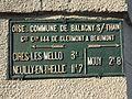Balagny-sur-Therain (60), plaque de cocher.JPG