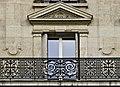 Balcon d'un immeuble parisien.jpg