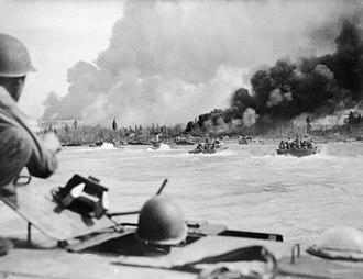 Battle of Balikpapan (1945) - American manned Alligators during the landing of Australian troops at Balikpapan, Borneo