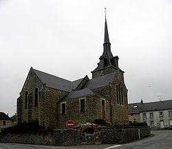 Beaulieu-sur-Oudon (53) Église 02.JPG