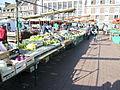 Beauvais Market (2303954585).jpg