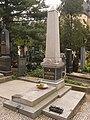 Bedrich smetana, gravestone, cz.jpg