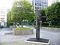 Berlin-Moabit Straßen der Erinnerung Skulptur Wir sind das Volk.jpg