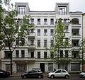 Berlin- Rodenbergstraße- Fassade der Hausnummer 8 (Musikverlag Buschfunk) 7.8.2014.jpg