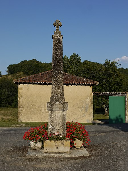 Croix de 1885 à Betcave