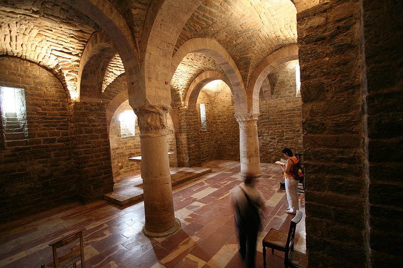 File:Bevagna s silvestro cripta.jpg