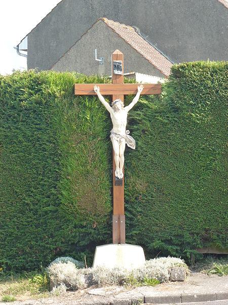 Bonningues-lès-Ardres (Pas-de-Calais) croix de chemin