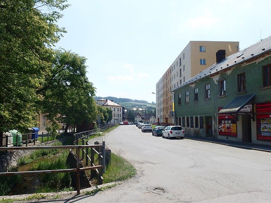 Brněnec