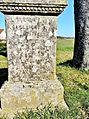 Bucey-lès-Traves. Inscription sur le socle de la croix rue d'Aroz. 2015-03-05..JPG