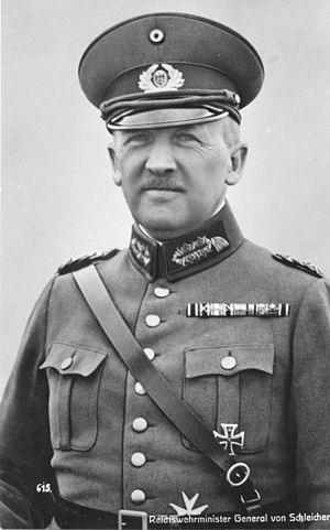 Anglo-German Naval Agreement - Kurt von Schleicher in uniform, 1932