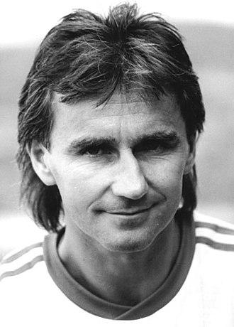 Reinhard Häfner - Häfner with Dresden in 1990.