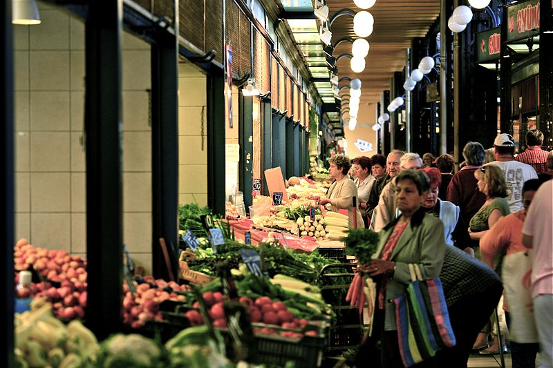 File:Buying in the Central Market (6003444575).jpg