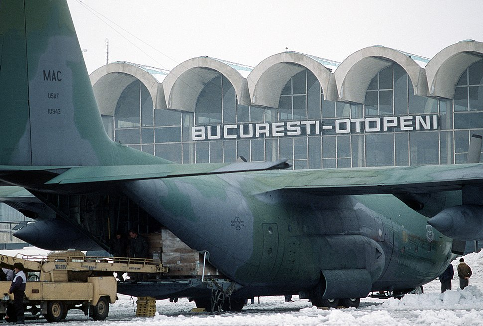 C-130 unloading at Bucharest 1989.JPEG