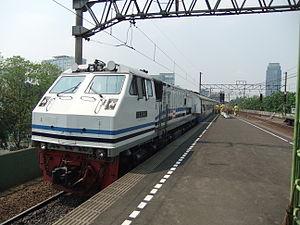 GE U20C - A GE C20EMP at Gambir Station in 2009.