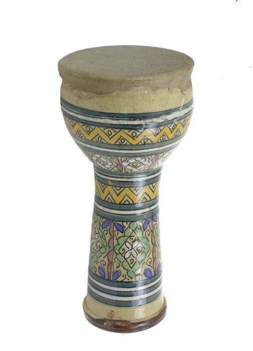 COLLECTIE TROPENMUSEUM Enkelvellige bekertrom van aardewerk TMnr 2439-34