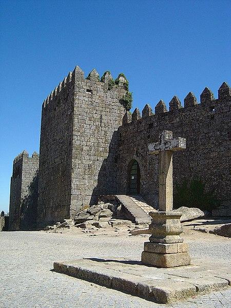 Image:Castelo de Trancoso.jpg
