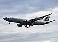 Cathay A340 (2792175380).jpg