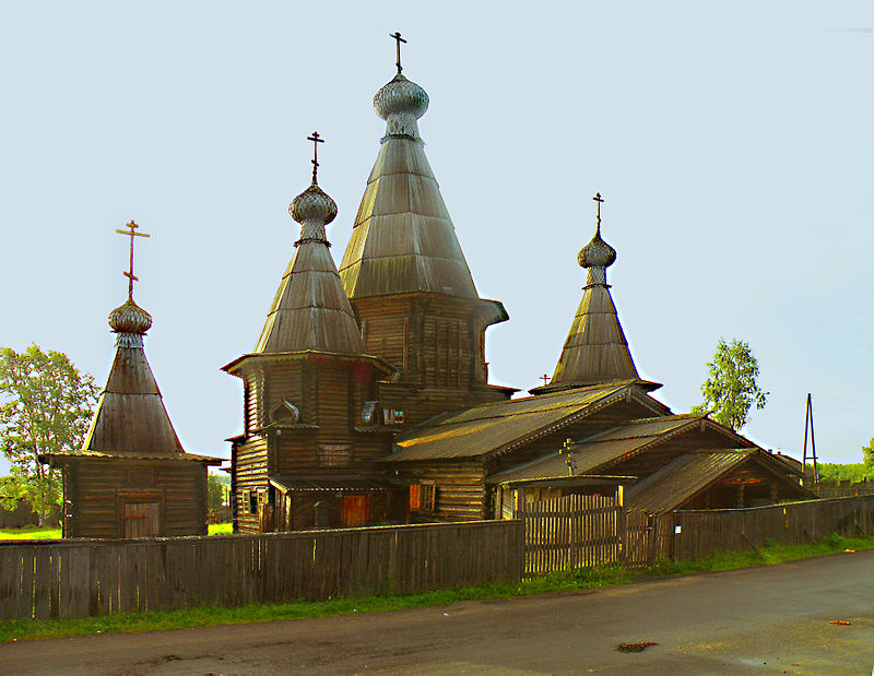 Cathedral in Kem-1.jpg