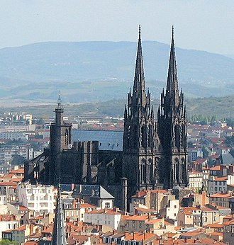 Clermont-Ferrand Cathedral - Clermont-Ferrand Cathedral from Montjuzet Park in April 2006.