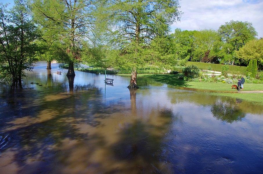 Cellettes (Loir-et-Cher).  Inondation du Beuvron.