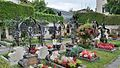 Cemetery Henndorf 03.jpg