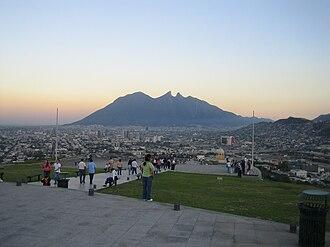 Northern Mexico - Image: Cerro de la Silla Mountain Nuevo Leon