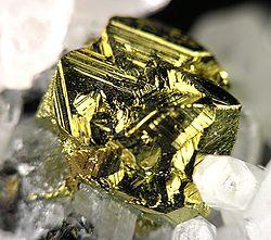 definition of chalcopyrite